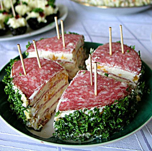 kolbasnii tortik.jpg