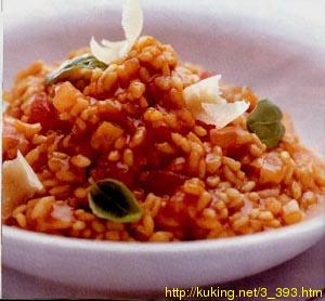 В некотором виде итальянское ризотто - блюдо из риса - аналог плова.