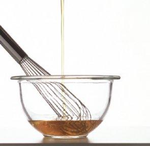 Салатная заправка из авокадо – кулинарный рецепт