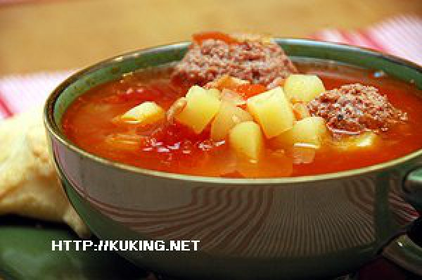 как приготовить вкусный суп с фрикадельками и помидорами