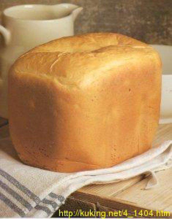 Белый хлеб в хлебопечкеы на воде